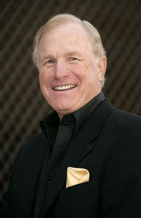 Wayne Rogers dead - M*A*S*H actor passes away aged 82