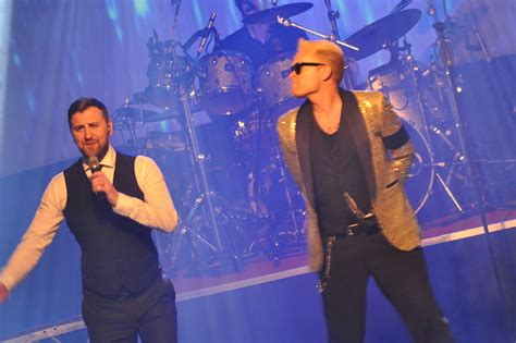 Barlow and Robbie Live - The ultimate Tribute Night