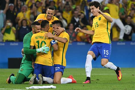 Rio 2016: Brazil claims first football gold medal after